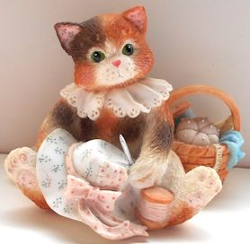 Collectible Calico Kitten, Hats Off To A Perfect Friendship