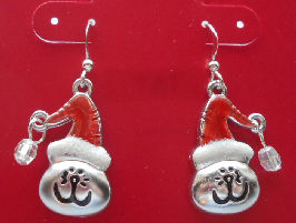Collectible Christmas Cat Earrings, Smiling Cats