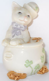 Collectible Cat Figurine, Cat In Pot Of Gold, Lenox