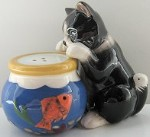 Cat Salt And Pepper Set, Cat And Fishbowl