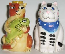 Collectible Cat Salt Shakers, Fish Or Big Smile