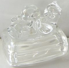 Collectible Avon Cat Figure, Cat With Ball, Lead Crystal