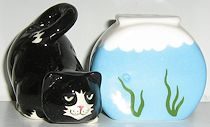 Collectible Cat Salt And Pepper, Tuxedo Kitten And Fishbowl