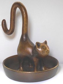 Long Tailed Cat Jewelry Holder