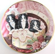Collectible Cat Plate, Hide And Seek